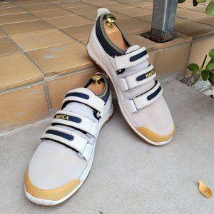 Nautica Vintage Keel Strap Sneakers. White/Navy